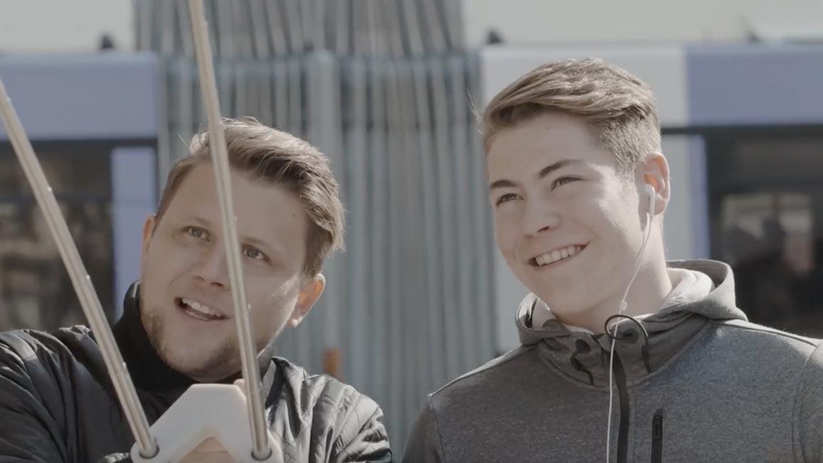 Produktdesign des Double-Selfiesticks für Get Some Popcorn / Samsung